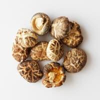 国産 原木栽培の小粒冬茹椎茸